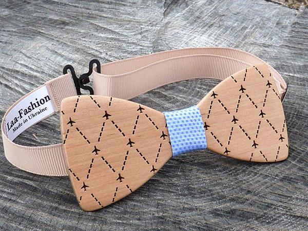 деревянная галстук бабочка самолетики
