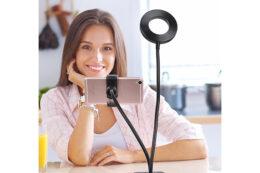 Подарок для блогера - Селфи штатив с Led-лампой